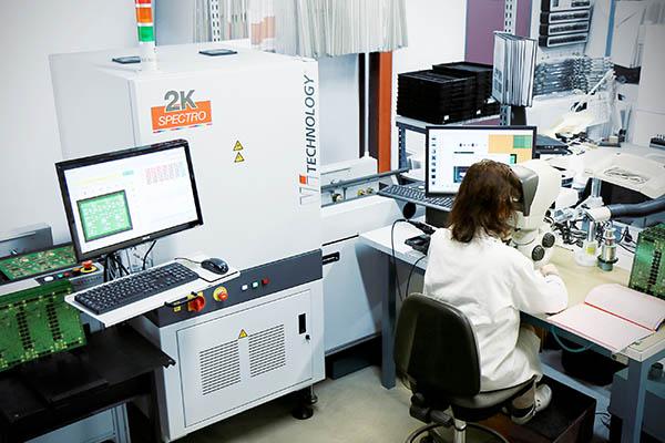 Contrôle et tests : controle visuel microscope stéréoscopiques